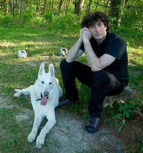 Neil Gaiman e il suo cane Cabal