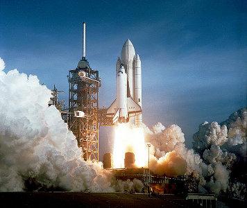 Lo Space Shuttle Columbia al suo primo decollo