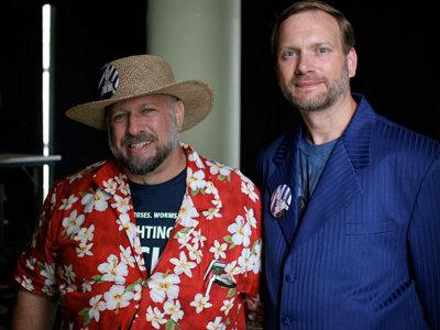 Michael S. Hart (a sinistra) e Greg Newby (a destra) nel 2006