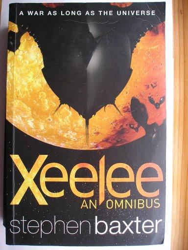 Antologia contenente i romanzi della Sequenza Xeelee: Raft, Infinito, Flux e Ring