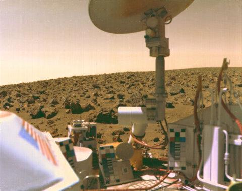Il lander Viking 2 su Marte a Utopia Planitia nel 1976 (immagine JPL/NASA)