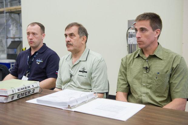 Alexander Misurkin, Pavel Vinogradov e Chris Cassidy durante l'addestramento (Foto NASA)