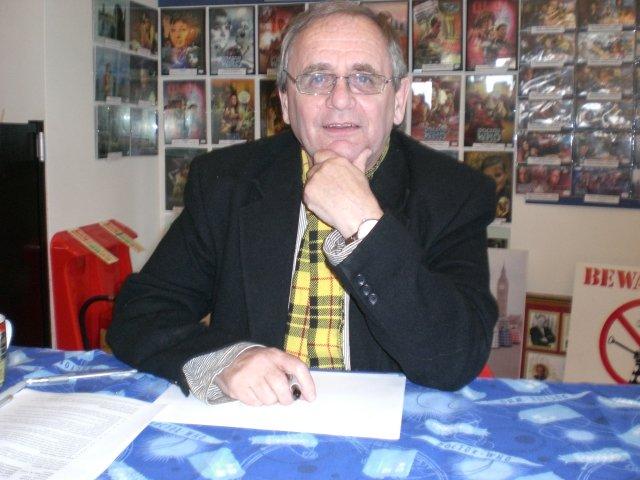 Sylvester McCoy nel 2008