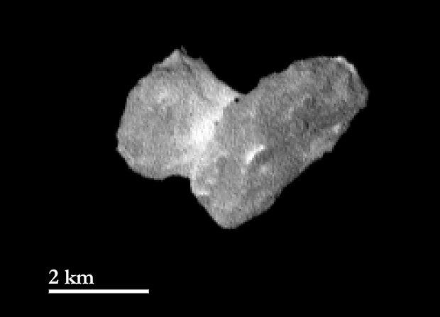 Il nucleo della cometa 67P/Churyumov-Gerasimenko fotografato dalla sonda spaziale Rosetta (Foto ESA/Rosetta/MPS for OSIRIS Team MPS/UPD/LAM/IAA/SSO/INTA/UPM/DASP/IDA)
