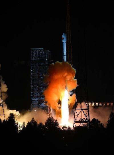 La missione lunare cinese alla partenza Chang'e 5 T1 su un razzo vettore Long March 3C/E (Foto cortesia Xinhua/Jiang Hongjing. Tutti i diritti riservati)