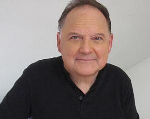 Stephen Furst nel 2014