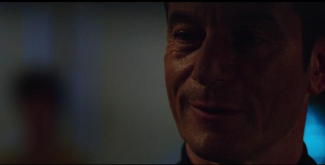 Il Capitano Gabriel Lorca (Jason Isaacs) in Il contesto è per i re (Immagine cortesia CBS / Netflix)