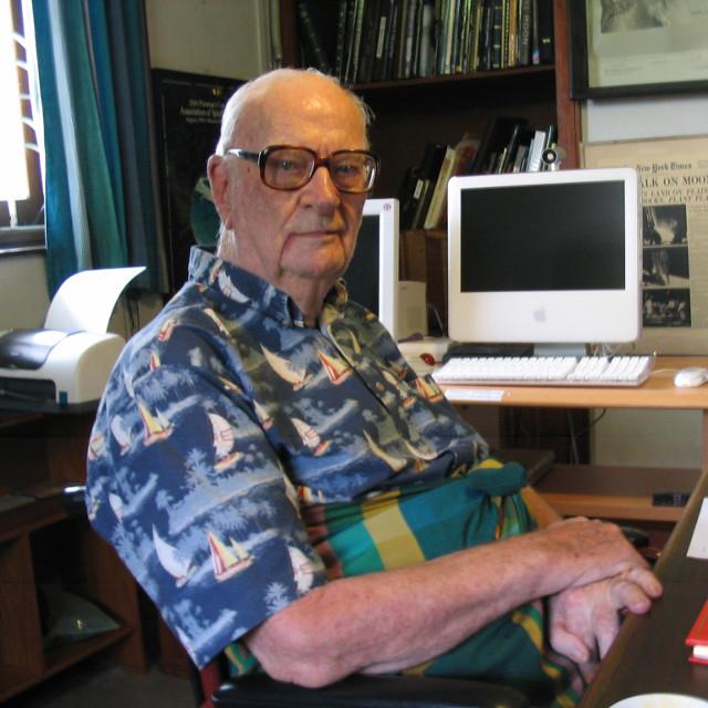 Arthur C. Clarke nel 2005 (Foto Amy Marash)