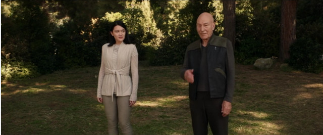 Soji (Isa Briones) e Jean-Luc Picard (Patrick Stewart) in Nepenthe (Immagine cortesia CBS All Access/ Amazon Prime Video)