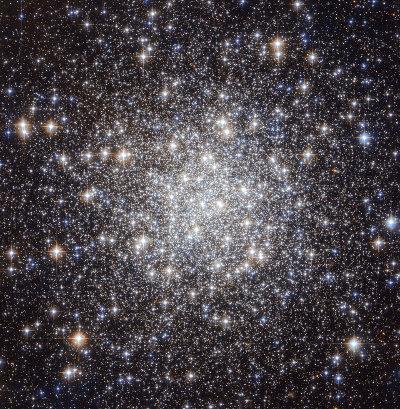 L'ammasso globulare Messier 56 (Foto NASA/ESA)