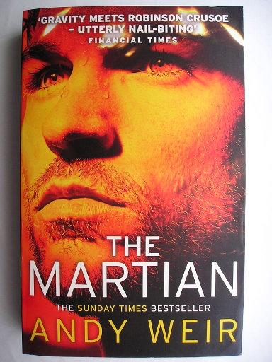 L'uomo di Marte, conosciuto anche come Sopravvissuto - The Martian, di Andy Weir (Edizione britannica)