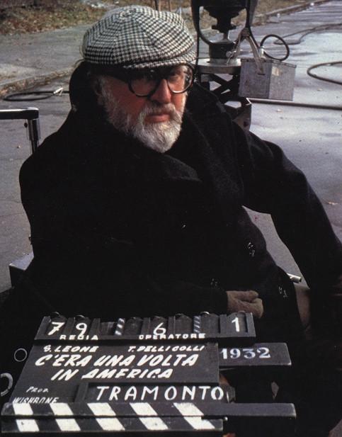 Sergio Leone sul set di C'era una volta in America