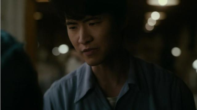 Ken Uehura (Christopher Naoki Lee) ne Il mio mondo perfetto (Immagine cortesia AMC Studios / Amazon. Tutti i diritti riservati)